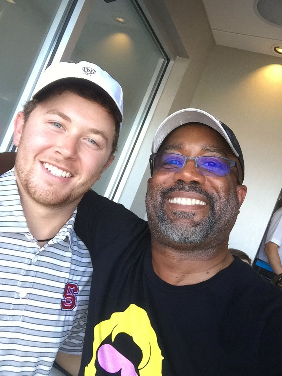 Scotty Mccreery And Darius Rucker At The Nc State Vs Univ Of South